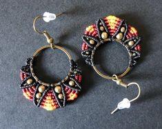 Bracelet Friendship, Chevron Friendship Bracelets, Friendship Bracelets Tutorial, Macrame Earrings, Macrame Jewelry, Leaf Earrings, Crochet Earrings, Hoop Earrings, Bracelet Tutorial