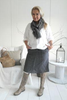 Pia´s Design - Basic linen skirt