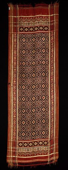 Ceremonial shoulder cloth Patan (Gujarat), India (probably, made) 19th century (made) Double ikat silk