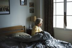 What is Living in an Assisted Living Facility Like? - What is Living in an Assisted Living Facility Like?S adults live in assisted living facilities. Stages Of Dementia, Assisted Living Facility, Sleeping Alone, Aging Parents, Home Alone, Elderly Care, Loneliness, Caregiver, Bean Bag Chair