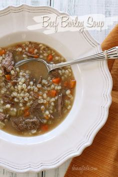 The Best Healthy Recipes: Beef Barley Soup. A hearty bowl of soup made with carrots, celery, onions, lean beef and pearl barley. Healthy Soup Recipes, Beef Recipes, Cooking Recipes, Cooking Tips, Barley Recipes, Fall Recipes, Recipies, Beef Barley Soup, Bon Appetit