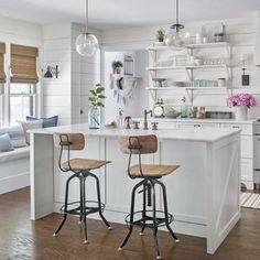 Kitchen Updating Ideas Bring the paneling trend into the modern age with these smart kitchen paneling ideas. - Bring the paneling trend into the modern age with these smart kitchen paneling ideas. Kitchen Projects, Small Kitchen, Kitchen Remodel, Kitchen Decor, Contemporary Kitchen, Farmhouse Kitchen, Kitchen Renovation, Kitchen Design, Smart Kitchen