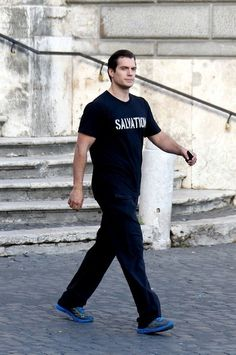 Henry Cavill - Henry Cavill Goes Sightseeing in Rome