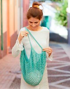 Ravelry: Hedera Tote pattern by DROPS design Crochet Market Bag, Crochet Tote, Filet Crochet, Drops Design, Crochet Hook Sizes, Crochet Hooks, Bag Pattern Free, Handmade Bags, Double Crochet