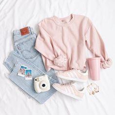 Gutschrift Ellen Bee Source by tween outfits casual Outfits Casual, Cute Comfy Outfits, Cute Teen Outfits, Cute Outfits For School, Cute Summer Outfits, Pretty Outfits, Fall Outfits, Cute Teen Shoes, Teenage Girl Outfits