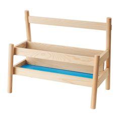 FLISAT Bogudstilling IKEA Med denne boghylde kan dit barn samle og nå sine bøger uden din hjælp.