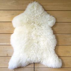 One Moumoute UK White - FAB DESIGN: request quotes, estimates, prices or catalogues online through MOM, your digital platform dedicated to decor, design and lifestyle professionals. Sheepskin Rug, Indoor Outdoor Area Rugs, Decoration, Decorative Items, Shag Rug, Kids Room, Holiday Decor, Design, Home Decor