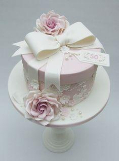 63 Trendy Ideas Birthday Cake Ideas For Women Pretty Fondant Elegant Birthday Cakes, Vintage Birthday Cakes, 50th Birthday Cake Toppers, 90th Birthday Cakes, Birthday Cakes For Women, Birthday Cake Girls, Hat Box Cake, Gift Box Cakes, Cake Models