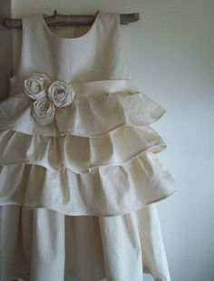 flower girl dresses are the freaking cutest things ever.