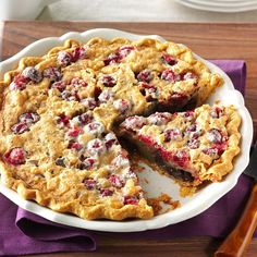 Cranberry & Walnut Pie Recipe -For a show-stopping pie, I mix cranberries, chocolate and walnuts. It's a dessert similar to a pecan pie – with a little touch of rum. Cranberry Walnut Pie Recipe, Cranberry Pie, Cranberry Recipes, Cranberry Dessert, Holiday Desserts, Holiday Recipes, Holiday Baking, Holiday Treats, Christmas Recipes