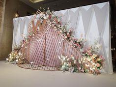 outdoor weddings under a tent Wedding Backdrop Design, Wedding Hall Decorations, Wedding Stage Design, Wedding Reception Backdrop, Backdrop Decorations, Wedding Designs, Flowers Decoration, Luxury Wedding Decor, Marie
