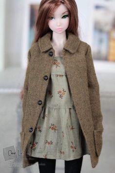 Momoko-MMK-Doll-Outfit-Brown-Coat