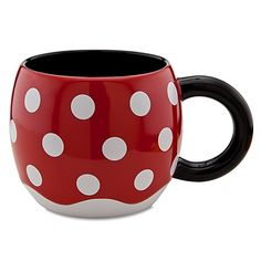 Sip with a smile using Disney drinkware like cups, mugs, travel mugs, and water bottles. Mickey and Minnie Mouse, Disney Princess and more add character style. Mickey Mouse Kitchen, Minnie Mouse Mug, Disney Kitchen, Disney Coffee Mugs, Cute Coffee Mugs, Cool Mugs, Coffee Cups, Deco Disney, Disney Cups