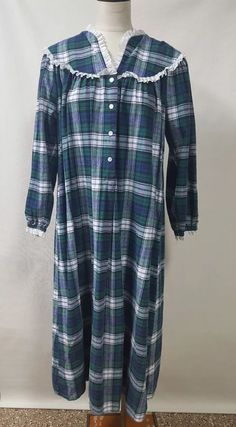 424c6a07a7 Lanz of Salzburg Blue Green Plaid Long Flannel Night Gown Pajamas Size  Large  LanzofSalzburg