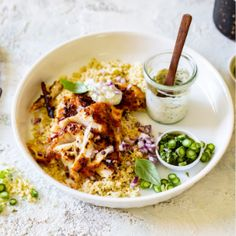 Harissa-spiced fish with couscous and asparagus salsa verde Fish Recipes, Seafood Recipes, Asian Recipes, Braai Salads, Harissa Chicken, Power Salad, Warm Salad, Couscous Salad, Raw Vegetables