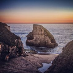 Shark Fin Cove Beach - reviews say to stay away from water as rogue waves are large