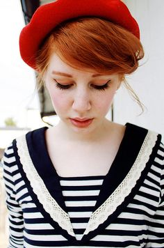 hahaha so stereotypically french, but this girl reminds me of one of my characters in a novel i'm writing...