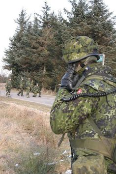 danish armed forces | combat fied uniforms soldiers Danish army Denmark land ground forces ...