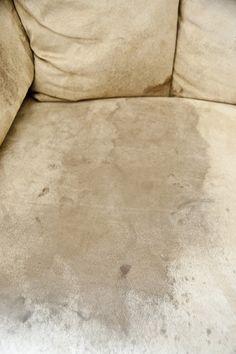 Comment faire disparaître les vilaines taches sur un canapé en tissu! - Trucs et…