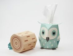 Pulling the stump from below the owl allows you to refill the tissues Pinned by www.myowlbarn.com