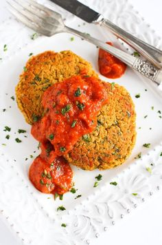 Baked Curry Lentil Cakes with Roasted Red Pepper Sauce - Pulse Pledge