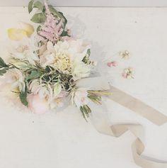 Just love this bridal bouquet Adoro questo bouquet da sposa