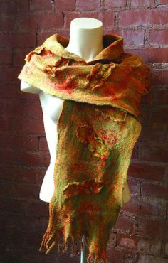 3D Wet Felted Scarf - Exclusive design by Robbin Firth made with the Palm Washboard felting tool. HeartFeltSilks.com