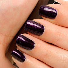 Chanel Taboo Le Vernis Nail Colour Review, Photos, Swatches - Temptalia    So pretty!