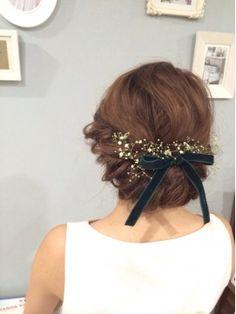 かすみ草ベロアリボン花嫁アップ - 24時間いつでもWEB予約OK!ヘアスタイル10万点以上掲載!お気に入りの髪型、人気のヘアスタイルを探すならKirei Style[キレイスタイル]で。