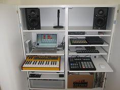 IKEA Hackers: Hidden music desk