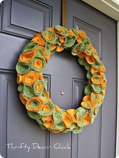 The Hardest Easiest Fall Wreath Ever from Thrifty Decor Chick