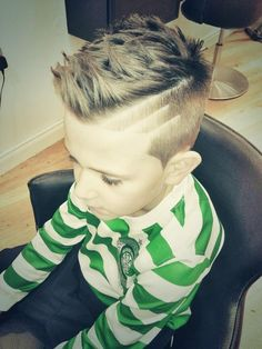 Love this (minus the lines) for my little dude. Hairstyles For Boys, Stylish Boy Haircuts, Little Boy Haircuts, Black Hairstyles, Mohawk Hairstyles, Boys Haircuts 2018, Kid Haircuts, Cool Boys Haircuts, Boy Hair Designs