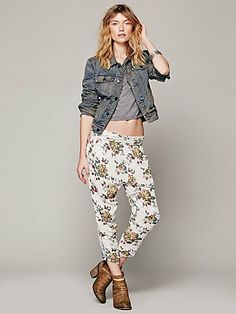 I know my sense of style is evolving cause you couldn't have paid me to wear harem pants before, but I'm totally feeling these babies! Free People Got Me Twisted Harem Pant