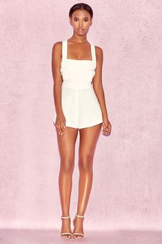 72ebd8e84d8 HOUSE OF CB  Clarisse  White Strappy Playsuit M 10   12 SG 147