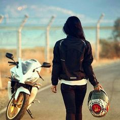 Mera 2 birth aane se pehle me bike riding pura sikh jaungi jan se pehle Best Photo Poses, Girl Photo Poses, Girl Photos, Picture Poses, Bike Photography, Girl Photography Poses, Stylish Girls Photos, Stylish Girl Pic, Lady Biker