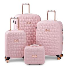 Take off in feminine style with the Moulded Beau suitcase from Ted Baker. Adorned with moulded bows, this suitcase features bespoke Ted Baker hardware in a rose gold finish and four smooth rolling spi