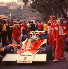Qualifying at Monaco, 1977