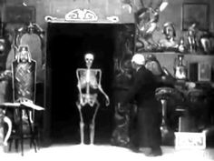 1901 - The Haunted Curiosity Shop - Walter R. Booth | Robert W. Paul #halloween #spooky #film #youtube