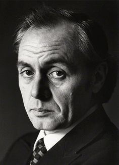 r.d. laing essay  a serious and very fair account of rd laing's and assessed in this book than in the many books and essays that have already appeared.