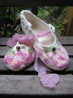 New slippers poor link I'm afraid but lovely slippers