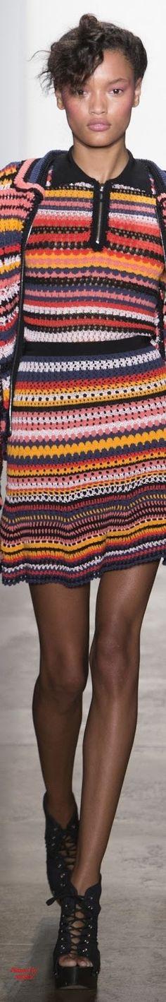 Spring 2017 Ready-to-Wear Adam Selman crochet twinset Knit Fashion, Fashion 2017, Fashion Show, Crochet Coat, Crochet Clothes, Crochet Dresses, Mode Crochet, Embroidery Fashion, Striped Knit