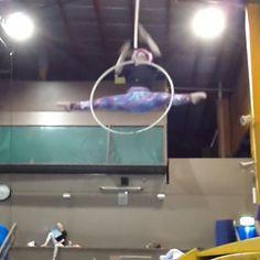 Tombes everyday! #aerialhoop #aerialring #cerceaux #lyra #cerceau #cerceauaerien #aerialist #aerial #circus #cirque #cirquedusoleil #circusartistcirque #gymnastics #gymnast #dance #dancer #ballet #ballerina #contortion #contortionist #aerialnation #circusinspiration #trapeze #circuseverydamnday #circusaroundtheworld
