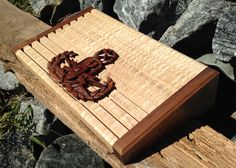 x made from Walnut and select Curly Maple. EOD is carved from Walnut as well. Challenge Coin Display, Challenge Coins, Military Box, Coin Display Case, Wood Ideas, Wood Working, Wood Watch, Projects To Try, Curly
