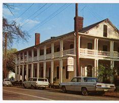 Colonial Inn, Built in 1759, Hillsboro, North Carolina :: North Carolina Postcards