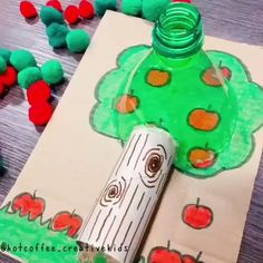 🍎🍏APPLE COUNTING🍏🍎 ⠀ 🍎This fun activity can be used for simple posting into the bottle for some fine motor practice (how my little guy used… Fun Rainy Day Activities, Preschool Craft Activities, Preschool Learning Activities, Infant Activities, Paper Crafts For Kids, Diy For Kids, Kids Crafts, Fine Motor, Teaching Colors