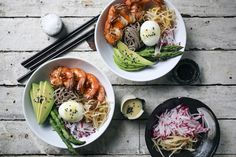 Soba Noodle Bowl with Garlic Shrimp and Miso Dressing