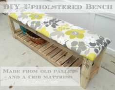 Pallet Projects and Tips for Dismantling Pallets pallet-bench Pallet Crafts, Pallet Ideas, Pallet Projects, Diy Projects, Diy Pallet, Pallet Wood, Pallet Storage, Pallet Benches, Pallet Furniture