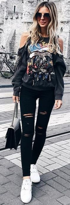 #fall #street #style | Graphic Top + Black And White
