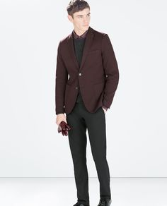 This rich burgundy soft blazer with non-contrasting elbow patches is a perfect color for low to medium contrast types.