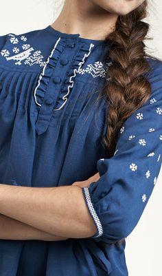 Bu Pin i ve daha fazlasını edelvika tarafından oluşturulan Дитячі плаття  panosunda bulabilirsiniz. 388a83b565150